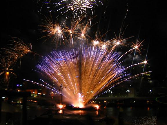 Selamat Menyambut 2012,jangan dengki,elakdengki,,
